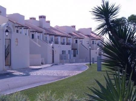 Image 1, 4 Bedroomed Townhouse : DV4728