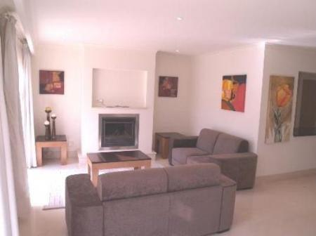 Image 3, 4 Bedroomed Townhouse : DV4728