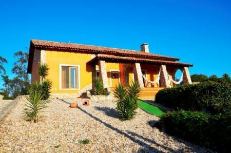 Image 1, 3 Bedroomed Villa : AV1383