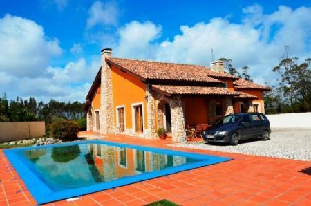Image 2, 3 Bedroomed Villa : AV1383