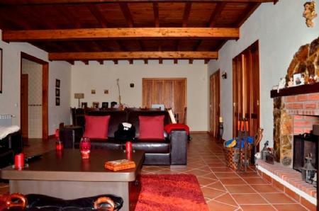 Image 4, 3 Bedroomed Villa : AV1383