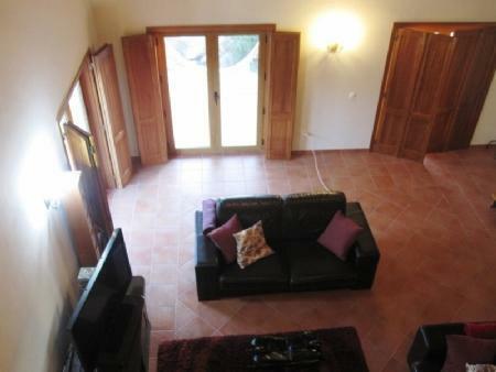 Image 7, 3 Bedroomed Villa : AV1383