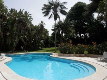Image 2, 6 Bedroomed Villa : AV1357