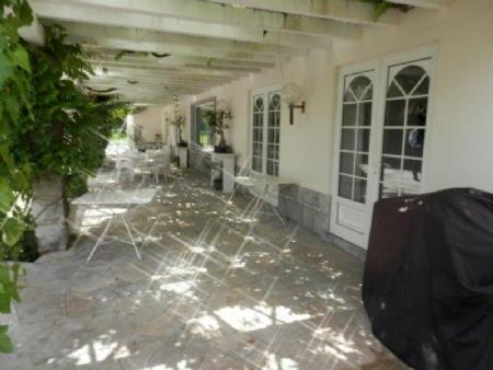 Image 3, 6 Bedroomed Villa : AV1357