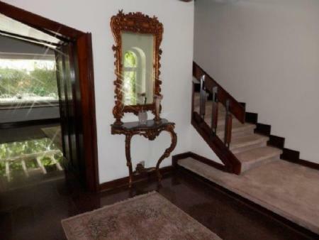 Image 5, 6 Bedroomed Villa : AV1357