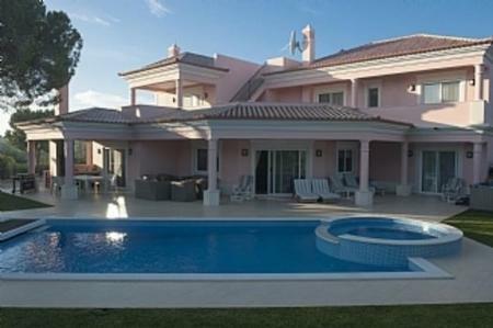 Image 1, 4 Bedroomed Villa : DV5122