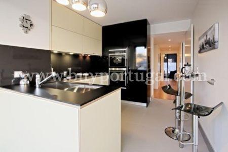 Image 4, 3 Bedroomed Apartment : AA192