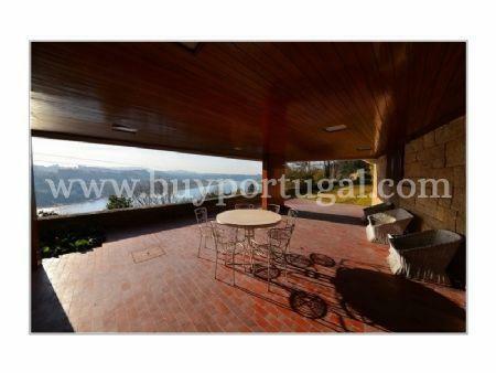 Image 1, 5 Bedroomed Villa : AV1285