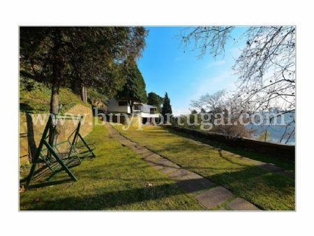 Image 4, 5 Bedroomed Villa : AV1285