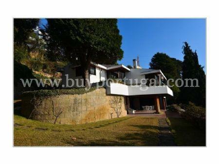 Image 6, 5 Bedroomed Villa : AV1285
