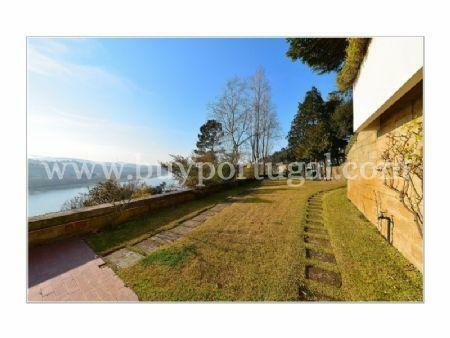 Image 8, 5 Bedroomed Villa : AV1285