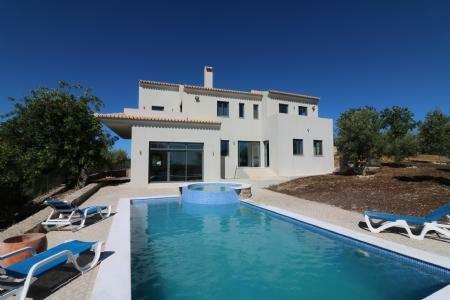 Image 1, 3 Bedroomed Villa : JV1630
