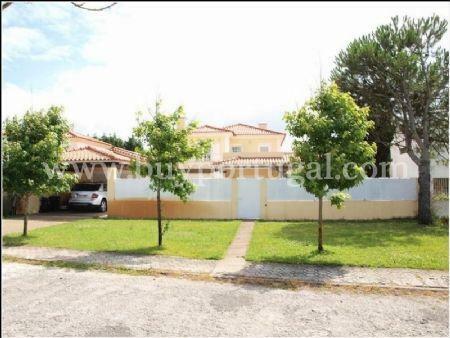 Image 12, 4 Bedroomed Villa : AV1240
