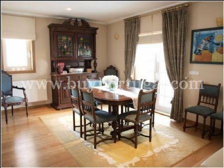 Image 6, 4 Bedroomed Villa : AV1240