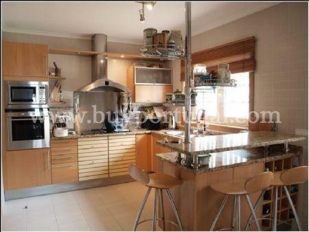 Image 5, 4 Bedroomed Villa : AV1240