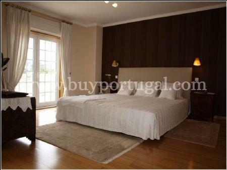 Image 4, 4 Bedroomed Villa : AV1240