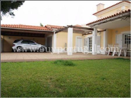 Image 2, 4 Bedroomed Villa : AV1240