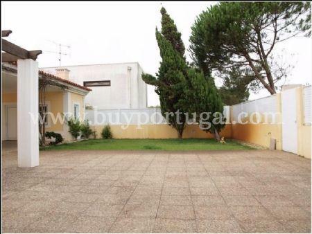 Image 10, 4 Bedroomed Villa : AV1240