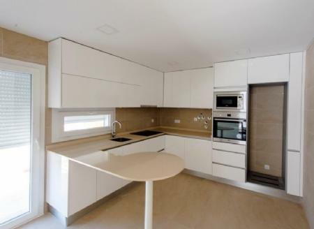 Image 5, 4 Bedroomed Villa : AV1405