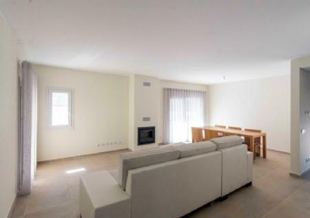 Image 6, 4 Bedroomed Villa : AV1405