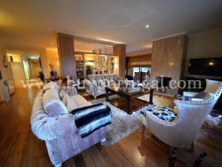 Image 4, 6 Bedroomed Apartment : AA251