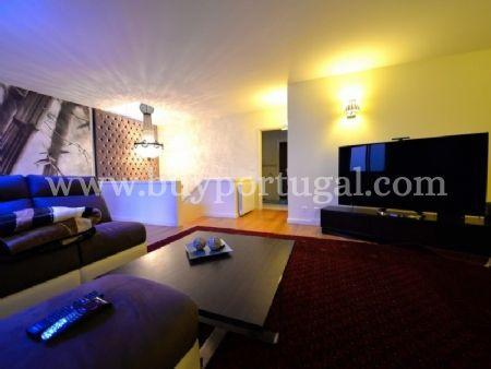 Image 2, 6 Bedroomed Apartment : AA251