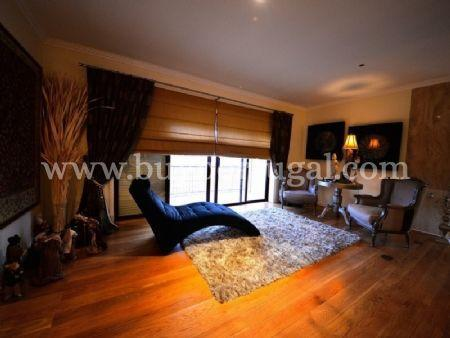 Image 1, 6 Bedroomed Apartment : AA251