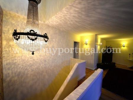 Image 15, 6 Bedroomed Apartment : AA251
