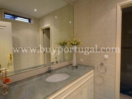 Image 16, 6 Bedroomed Apartment : AA251