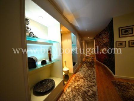 Image 22, 6 Bedroomed Apartment : AA251