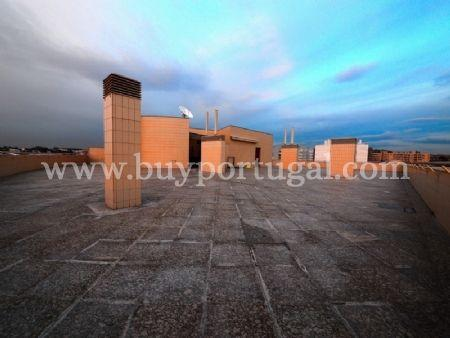 Image 3, 6 Bedroomed Apartment : AA251
