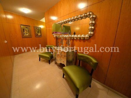 Image 34, 6 Bedroomed Apartment : AA251