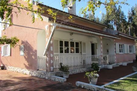 Image 1, 4 Bedroomed Villa : AV1420