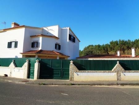 Image 2, 3 Bedroomed Villa : AV1592