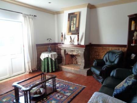 Image 4, 3 Bedroomed Villa : AV1592