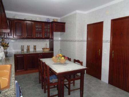 Image 5, 3 Bedroomed Villa : AV1592