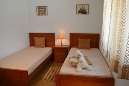 Image 12, 5 Bedroomed Villa : AV1596