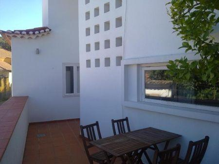 Image 1, 2 Bedroomed Apartment : AA186