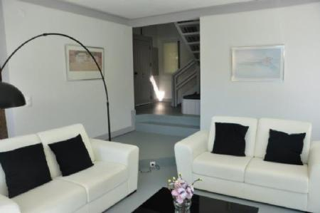 Image 7, 3 Bedroomed Villa : AV1603