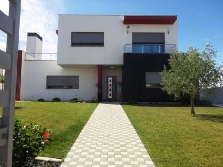 Image 3, 4 Bedroomed Villa : AV1253