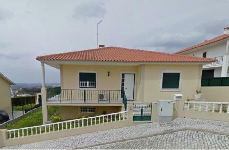 Image 1, 3 Bedroomed Villa : AV1427