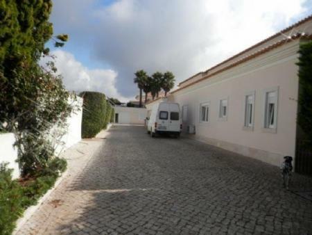 Image 20, 6 Bedroomed Villa : AV1612