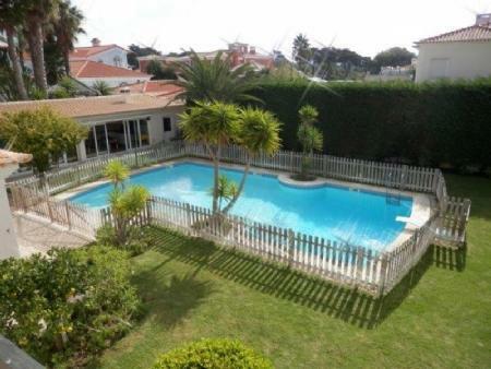 Image 25, 6 Bedroomed Villa : AV1612