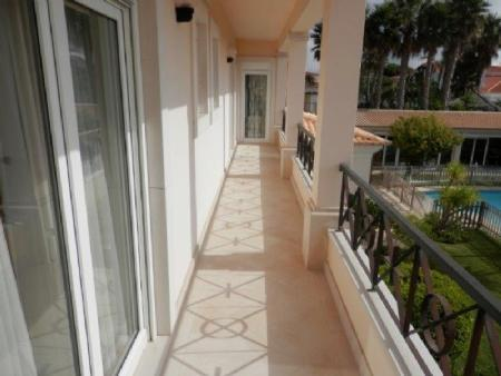Image 26, 6 Bedroomed Villa : AV1612