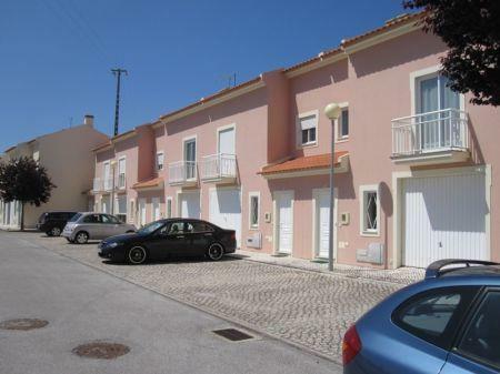 Image 1, 3 Bedroomed Villa : AV1064