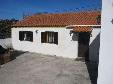 Image 1, 3 Bedroomed Villa : AV1121