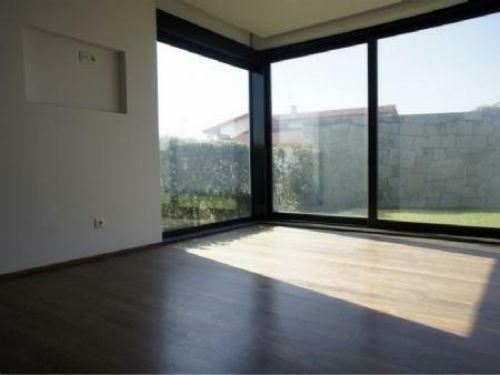 Image 11, 3 Bedroomed Villa : AV1254