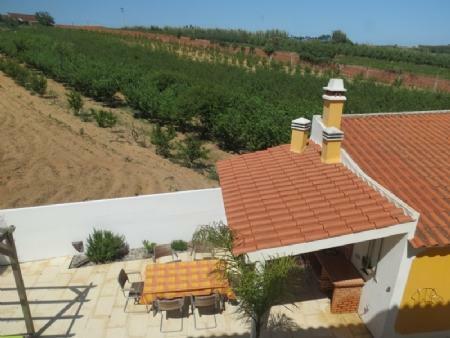 Image 2, 3 Bedroomed Villa : AV1622