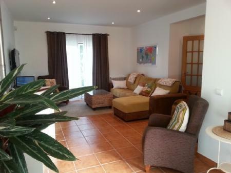 Image 5, 3 Bedroomed Villa : AV1622