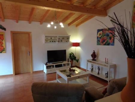 Image 3, 2 Bedroomed Villa : AV1454